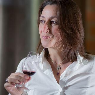Catherine DULHOSTE, Présidente et fondatrice 3DOOZEN, consultatnte en oenologie