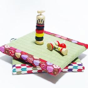 正方形のミニ飾り畳