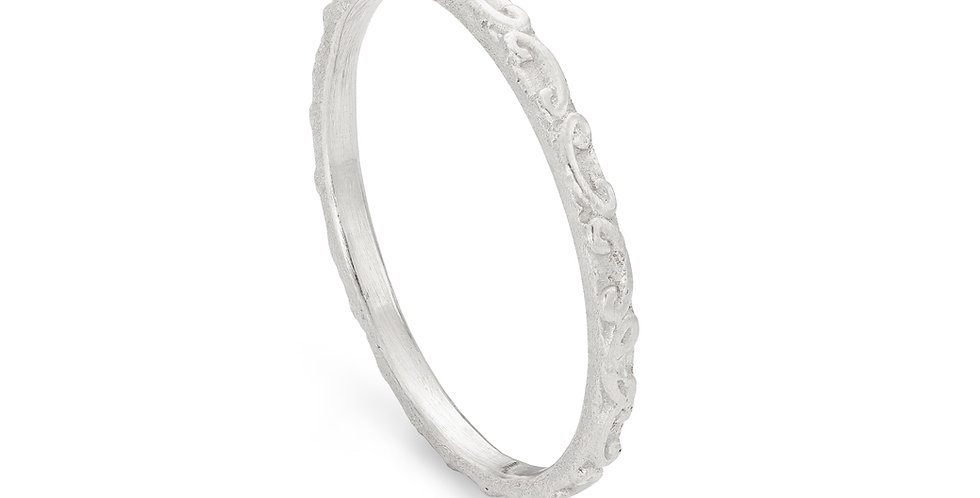 Sterling silver patterned ring
