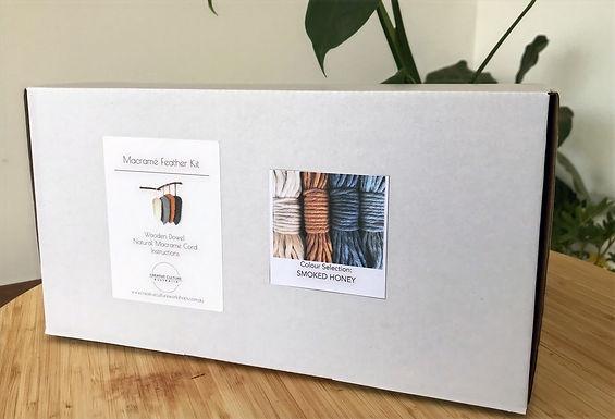 Macramé Feather Wall Hanging Kit