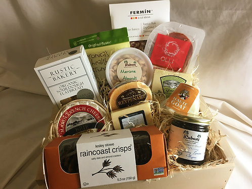 Deluxe Cheese & Charcuterie Gift