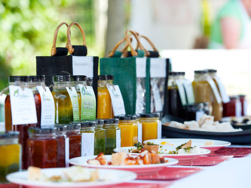 Pesto jar display stall