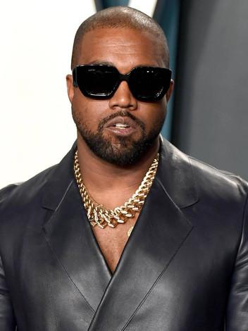 """Saco com """"ar"""" de concerto de Kanye West vendido por quase 8 mil dólares"""
