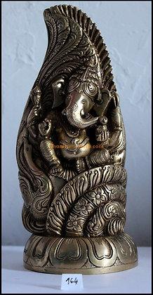 Statue Ganesh Mayureshwar assis sur une conque Shankh Bronze N164