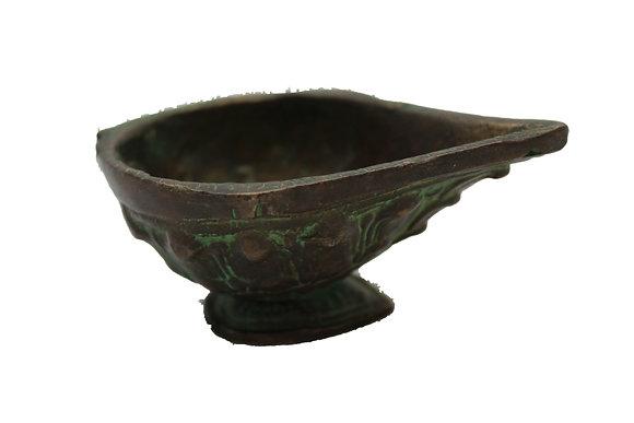 Objet Lampe à huile Bronze N470