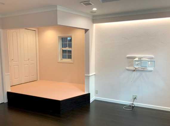 新築 リビング、小上がり畳スペース
