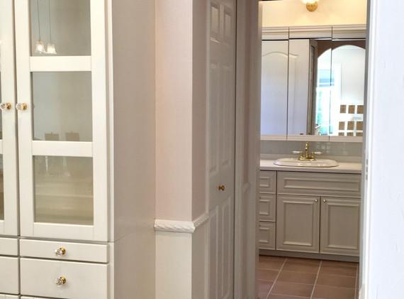 新築 キッチンから洗面へ