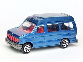Ford Econoline Saloon