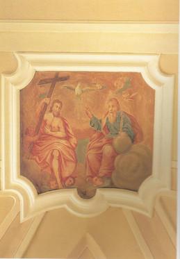 Chiesa_-_Affreschi_-_Trinità_in_Gloria_(