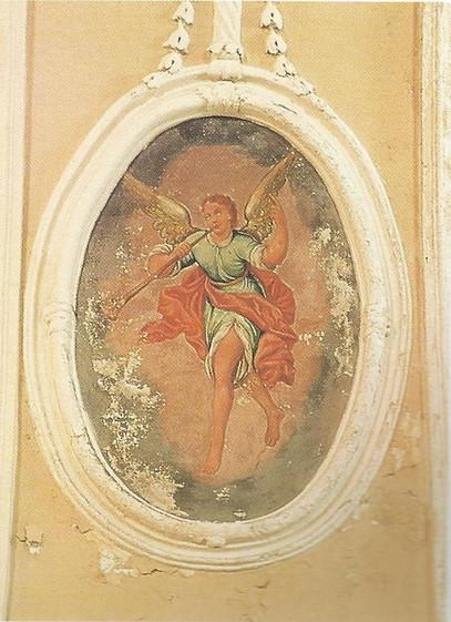 Chiesa - Affreschi - Angelo musicante 1