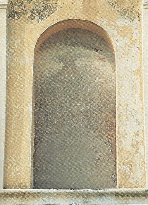 Chiesa - Affreschi Nicchie esterne (sant