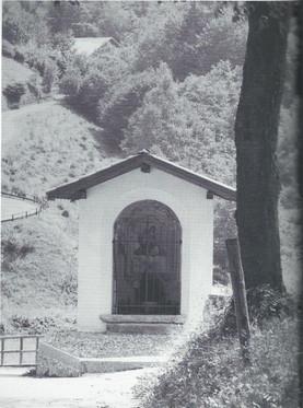 Capitello - Madonna del S. Rosario (Medi