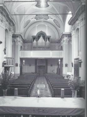 La Chiesa - Organo (vista) (Media).jpg