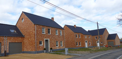 Ensemble de 6 habitations
