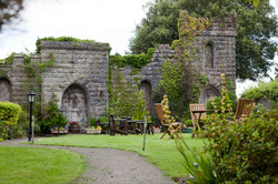 Hotel Garden Wall