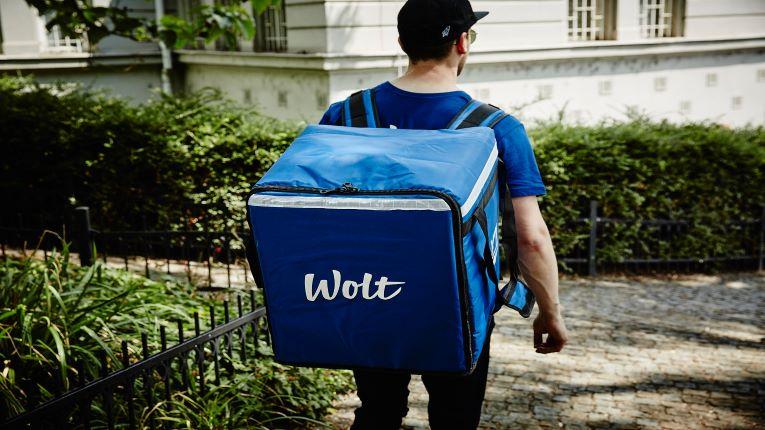 Wolt_courier_size-ok