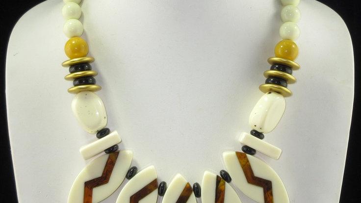 Braylee Acrylic Necklace