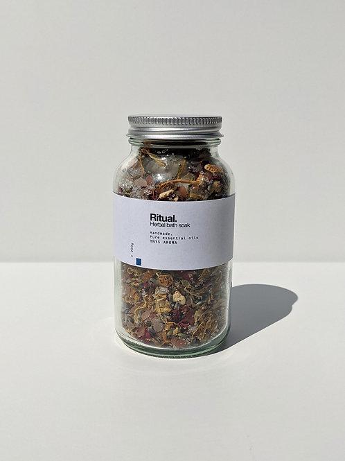 Ritual // Herbal bath soak