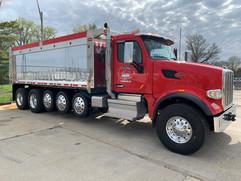avg_red_truck.jpg