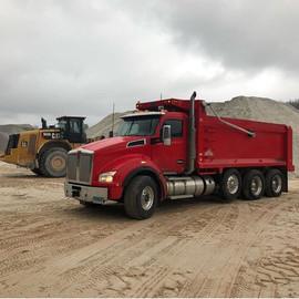 red_truck.jpg