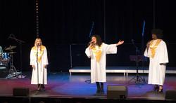 Joyful gospel Trio et band Casino Terrazur 03_edited.jpg