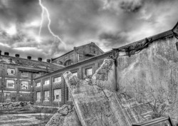 _LYP7858-62 F BW Storm at the Mill