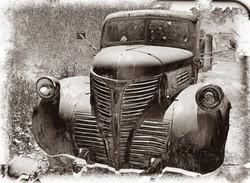_LYP2004 F BW Forgotten Farm Truck