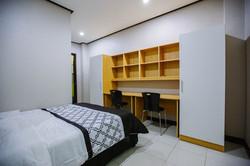 9.Single Room