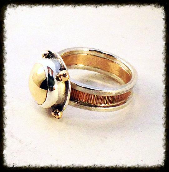 14kt Goldeneye Ring