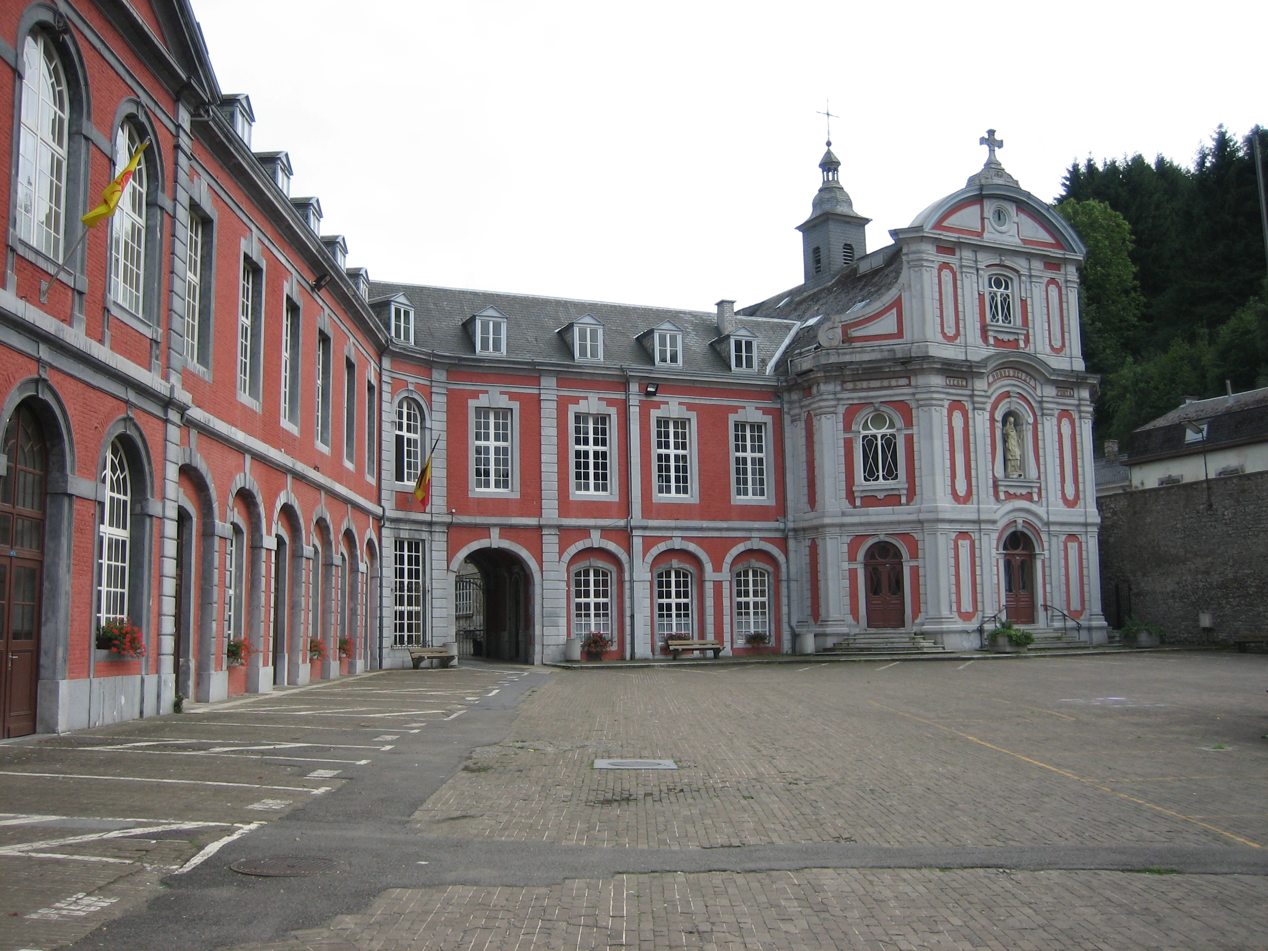 abbaye cour d'honneur 2005