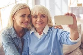 Older Women, Younger Friends