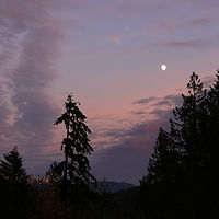 moon and sky after sunset at Glenhaven