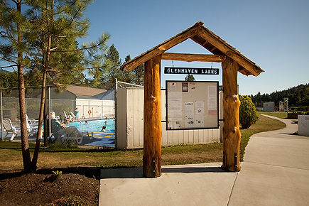 Glenhaven Lakes community board and pool