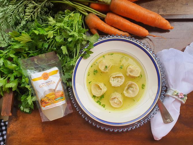 Sopa de Capeletti in Brodo
