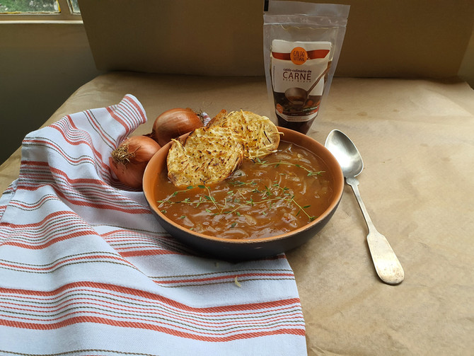Sopa de cebola francesa com Caldo Natural de Carne