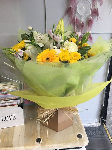 Yellow Aqua Bouquet