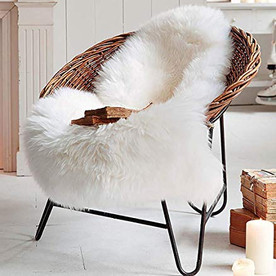 Fuzzy chair rug