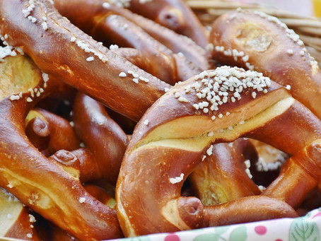 Let's Cook with <3 Today: Cheesy Pretzels