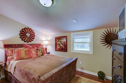042_Guest Bedroom