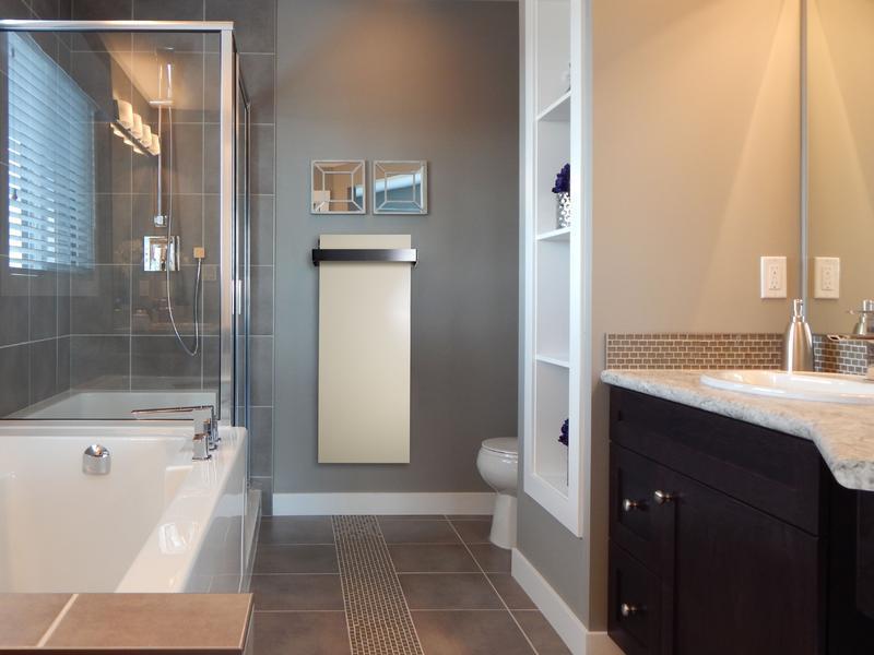 Spiegel-Heizung im Badezimmer