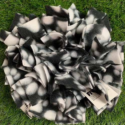 Snuffle Mat Treat Puzzle Dog Toy, Paw Prints