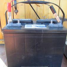 Deep-cycle battery