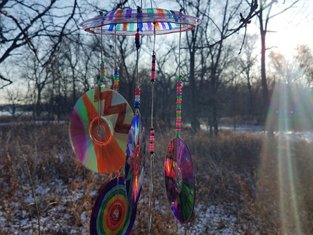 Turn Your Old DVDs and CDs Into Outdoor Art