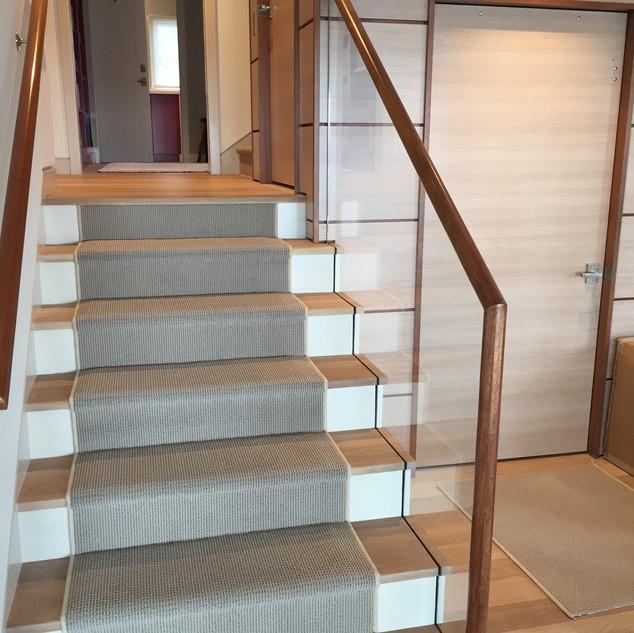 TE Stair 1 a.JPG