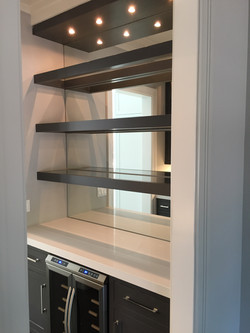 Butlers pantry clear mirror shelving