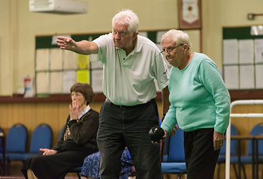 volunteering-age-uk-bowls-0313.jpg.JPG