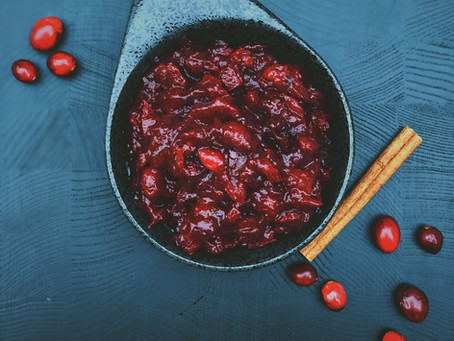 .Simple Cranberry Sauce.