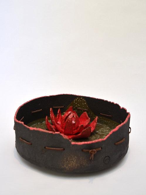 Fuente de Nenúfares con flor