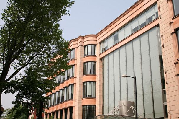 bnp-paribas-facade-2.jpg