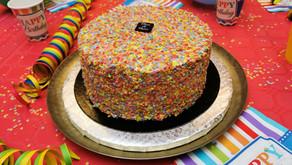 Notre Piñata Cake par Fleur de Pains